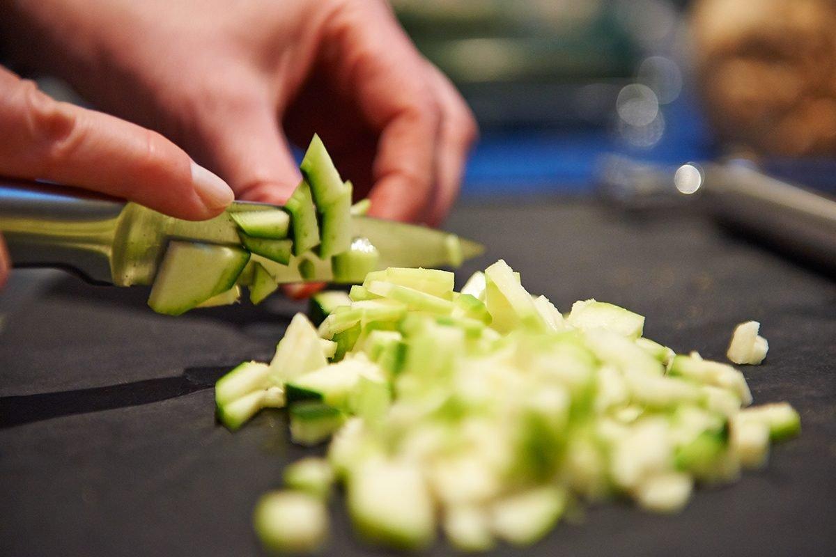 zucchini-fuer-hundefutter-Foto: Maike Helbig-fuer-bettina-bergwelt-www.ciaogianna.de