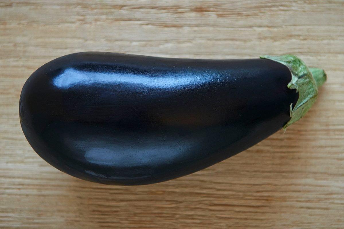 auberginen-sind-giftig-fuer-hunde-bloss-nicht-fuettern-foto-maike-helbig-fuer-www.ciaogianna.de